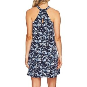 CeCe Dresses - CeCe Ivy Forest Twist Back Shift Dress